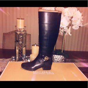 New Michael kors boots